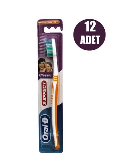 Oral-B Diş Fırçası Klasik Medium 40 Tekli,RNKSZ Renksiz